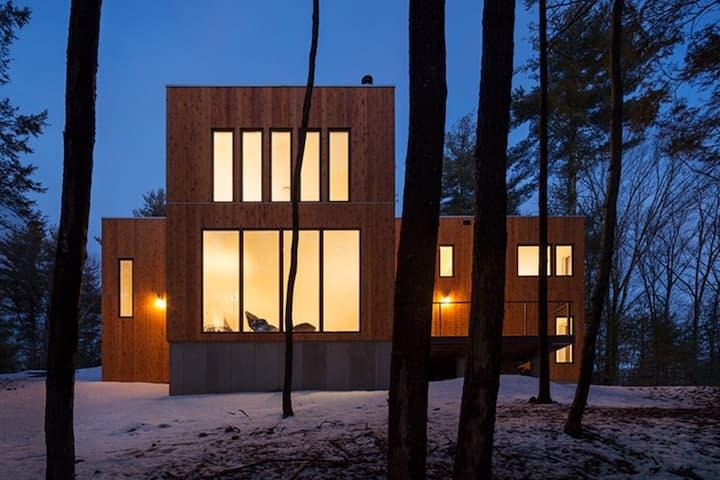 Catskills Architect-designed Modern Cabin retreat