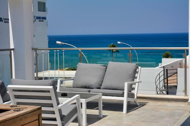 Seafront Protaras Sea View&Hot tub Penthouse 1