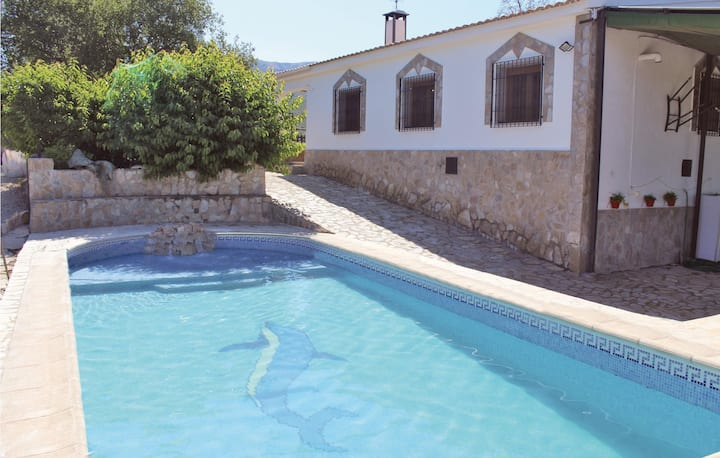 Holiday cottage with 4 bedrooms on 111m² in Montefrio
