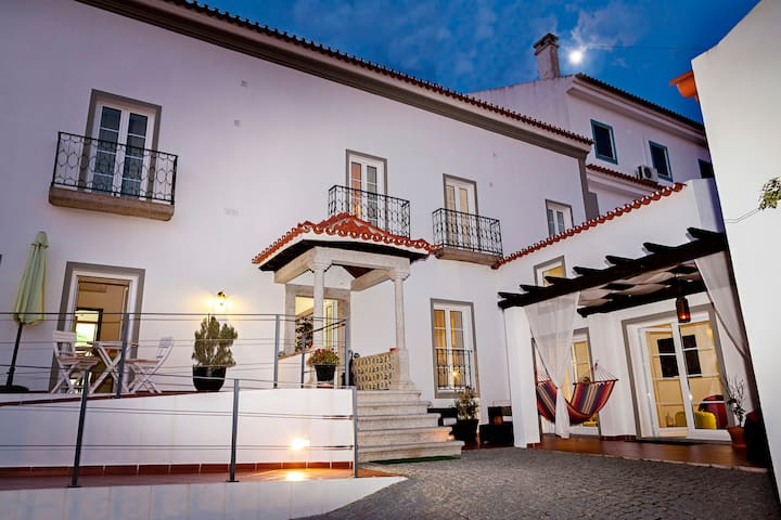 Casa do Plátano - Quarto Lilas - Arraiolos - Bed & Breakfast