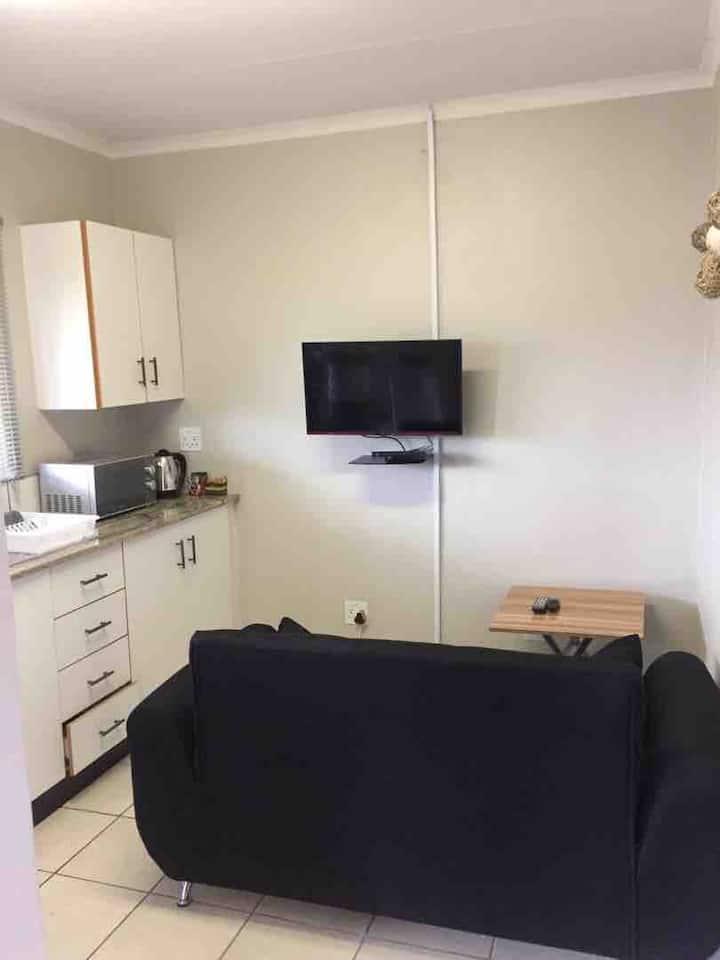Ekasi - Apartment 6