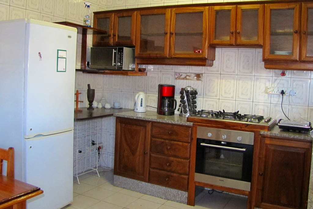 Shared, Fully Equipped Kitchen