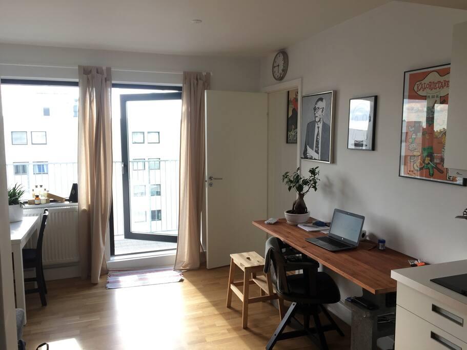Livingroom desk