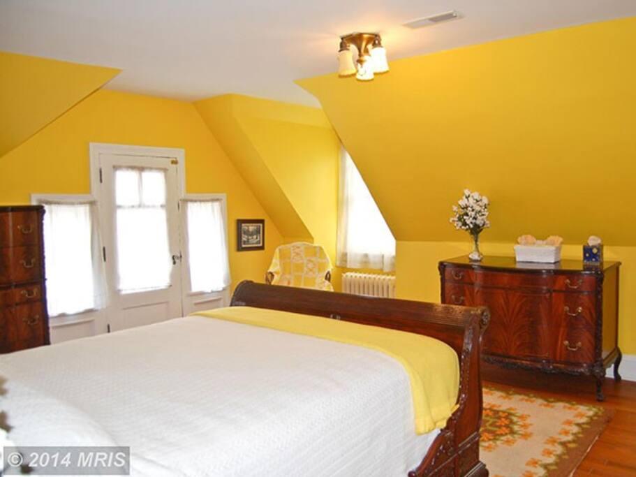 Canary Room