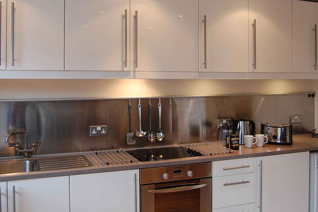 Kitchen - London Holloway Apartment Highbury