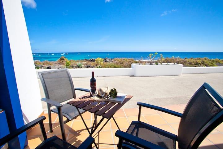 Casita Galan with sea views