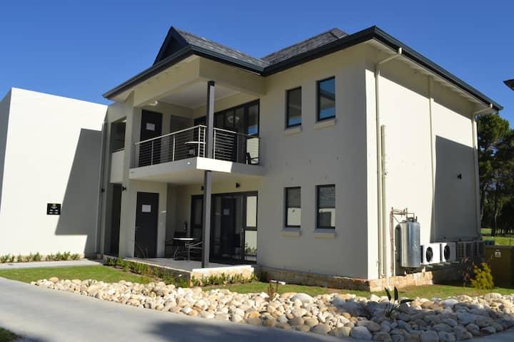 Pearl Valley Suite 504 (1 bedroom) - GSSA