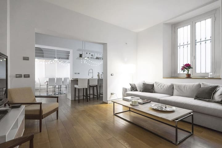 NAVIGLI Custodi loft with parking - Milano - Loft