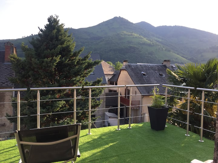 Maison au calme vue sur les montagnes