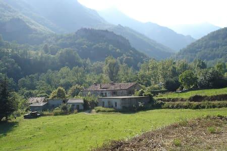 French farmhouse breathtaking views - Le Tech