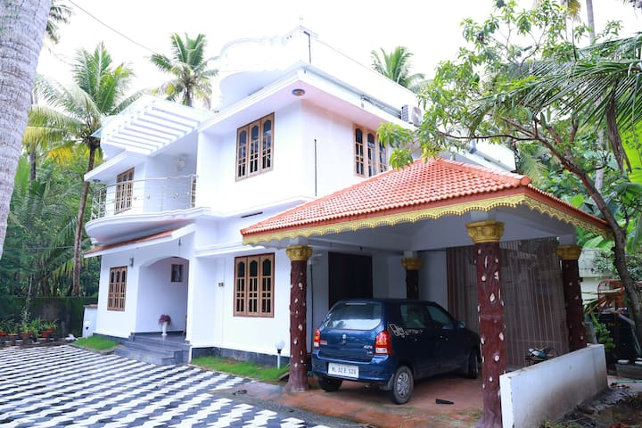Beach Palm Home Stay - Thuravoor Thekku - Casa