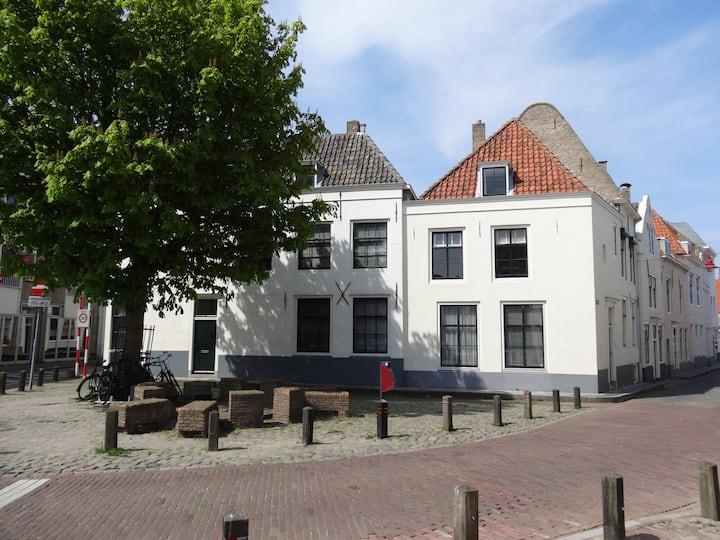 5 ps appartement centrum Middelburg