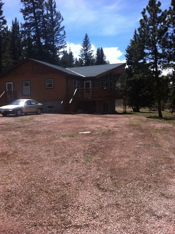 Cathedral Valley Lodge - Cripple Creek - House