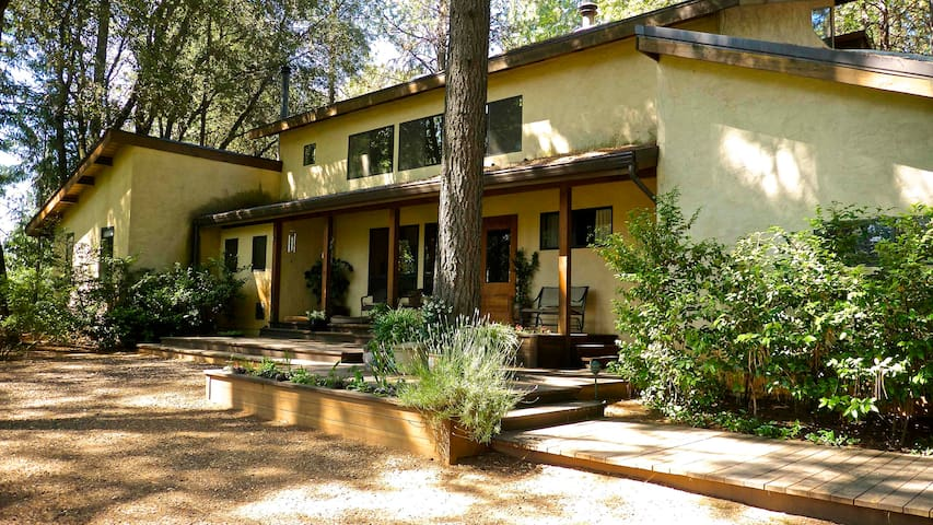 Sierra Foothills Mountain Retreat - Gold Run - Rumah