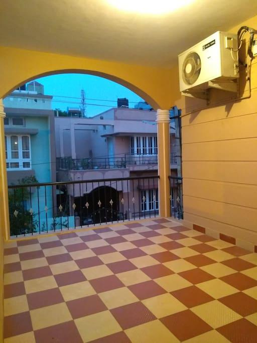 Common Balcony