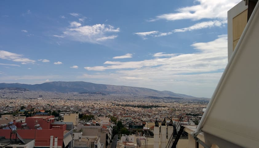 Grand views of Athens comfortable place to stay