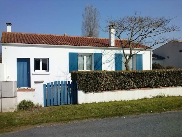 Maison de vacances en bord de mer - La Brée-les-Bains