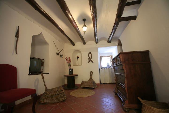 Torre del s. XIII Casa Con Encanto - Cocentaina - Huis