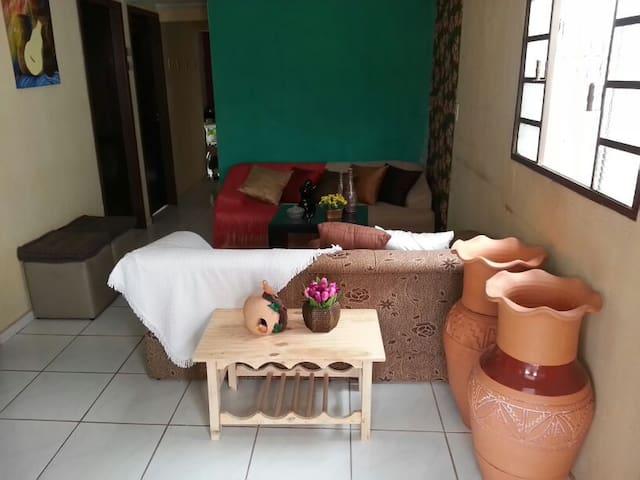 LOCAÇÃO DE CASA EM  CUIABÁ - Cuiabá - House