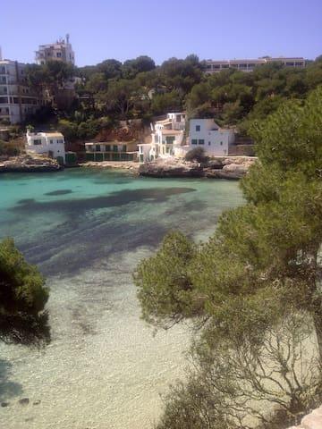 Joli appart. à 50 m de la plage - Cala Santanyí - Leilighet