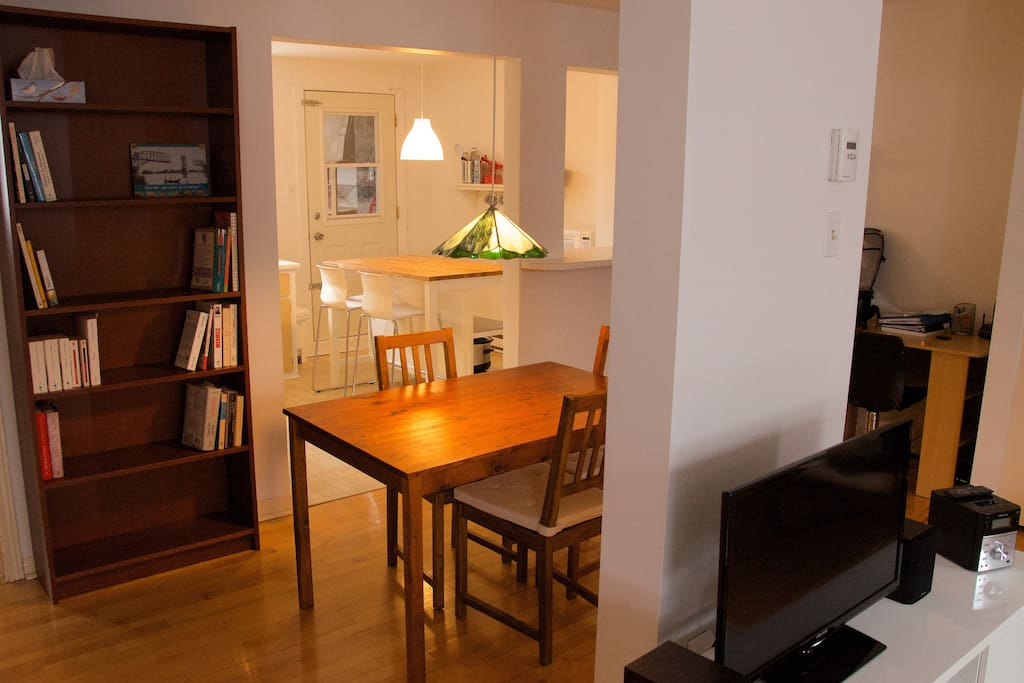 Dining area, desk and telephone, HD TV in living room