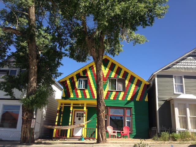 The Happy Hippie Tie Dye House - The Orange Room - Leadville - Huis