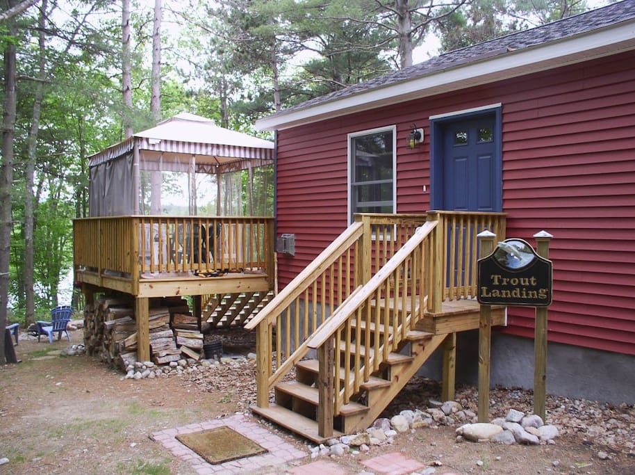 Trout landing cottage lake everest cabins for rent in for Wilmington ny cabin rentals