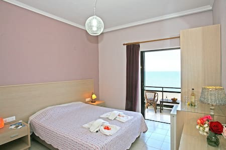 Beachfront Cretan Sea-Double - Flat