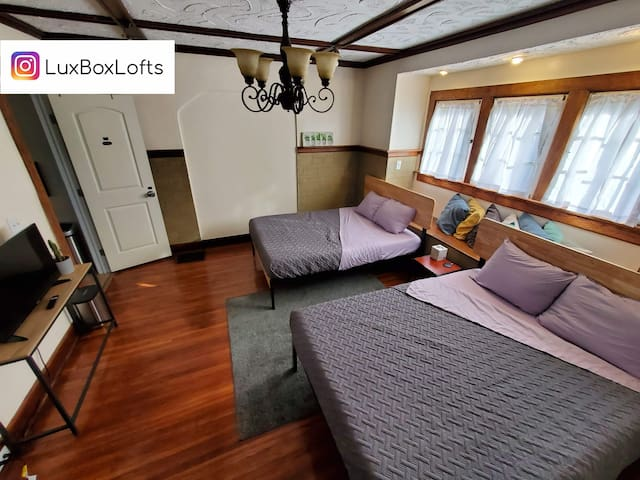 L24 The Lilac at LuxBox Lofts ★ 2 Bed Private Room