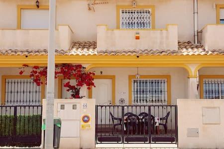 Zafiro 3 bed villa with amazing sea views - Cartagena
