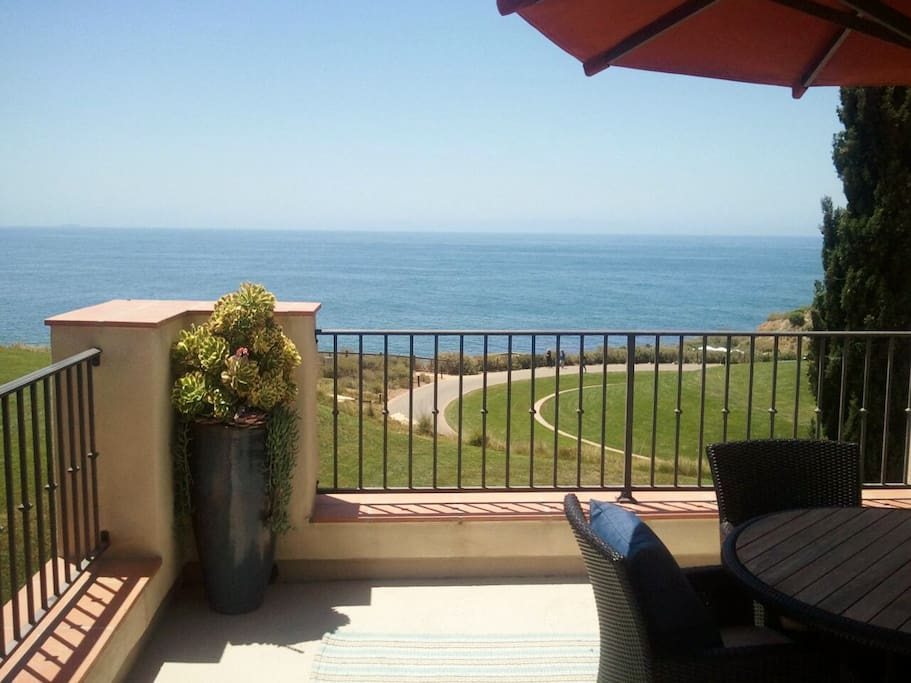 Awesome Ocean Views From All Rooms & Balconies