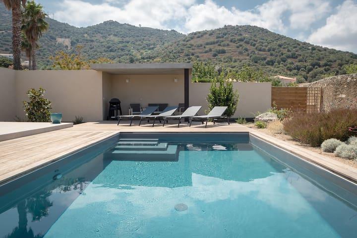Villa de 130m² avec piscine privative chauffée