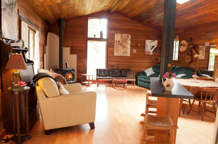 savary island retreat  - Powell River  - Kabin