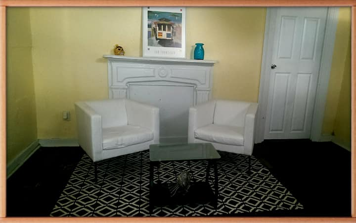Apartment at walking distance FQ