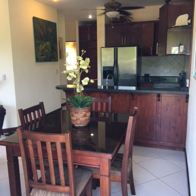 Fully equipped kitchen with everything you need and ice maker