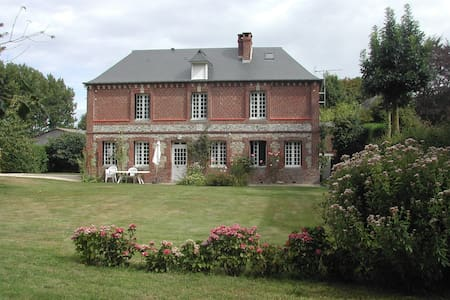 Maison de caractère - grand jardin - Le Bourg-Dun