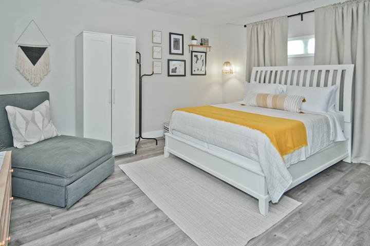 Cozy Private Studio Close to Downtown Orlando