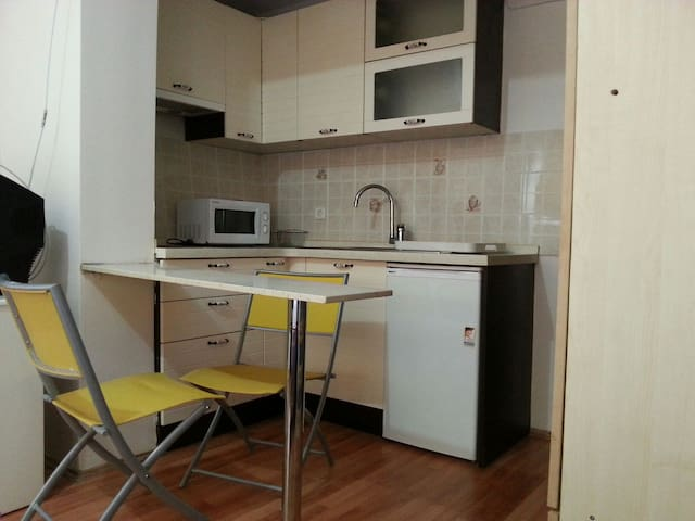 Central Studio Near Metro Station - Ankara/Çankaya - Pis
