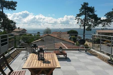 Duplex Toit Terrasse vue bassin - Cap Ferret