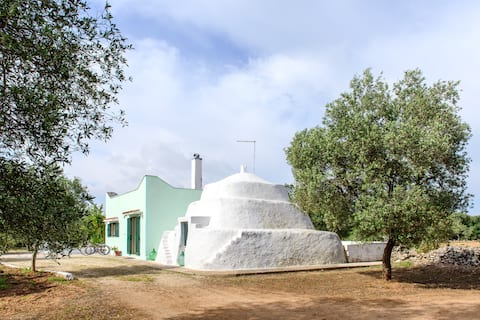 Atrullo,Trullo Saraceno, Apulia Sea