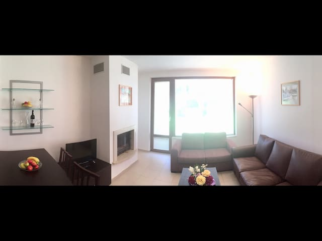 Close to Gondola - One Bedroom with Terrace & Fire