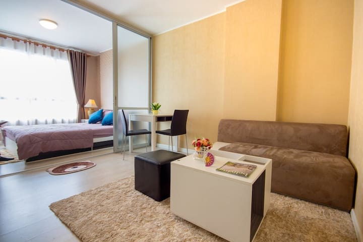 Festival Suite--Serenity in the Heart of the City