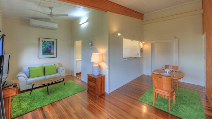 Coldstream Gallery Apartment