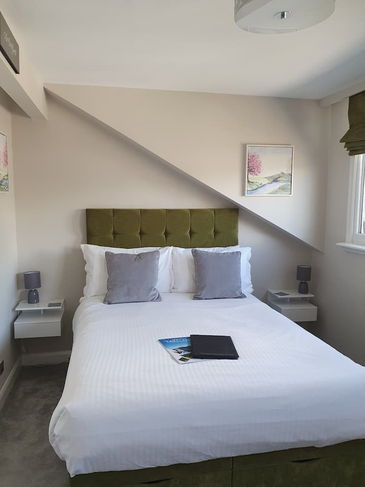 Bowness Guest House - in the Heart of Bowness