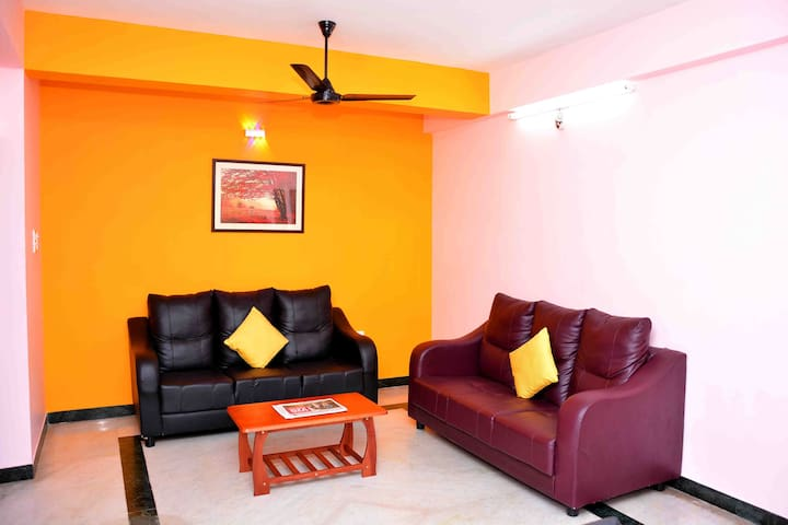 Luxurious  Family Suit Apartment, Greams Road