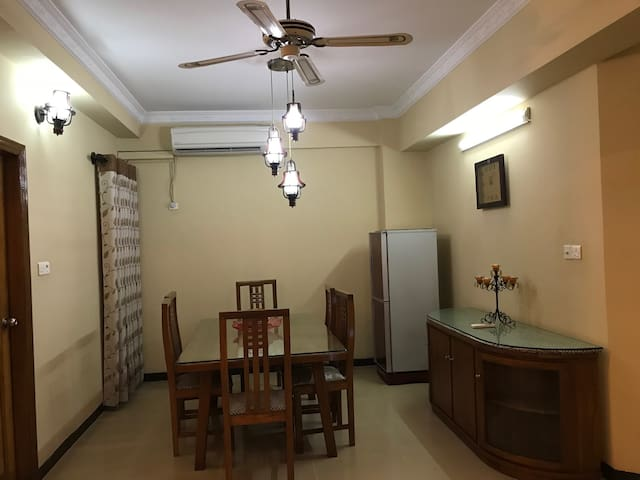Luxurious fully furnished Apartment at Gulshan