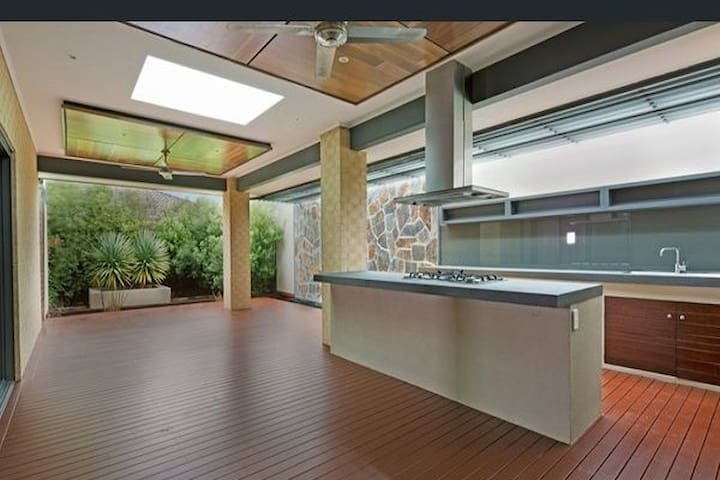 Beautiful outdoor Patio connected to the room with fully functional kitchen.