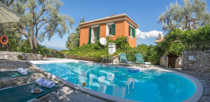 Villa Pergola-Collection Villas-Long Term