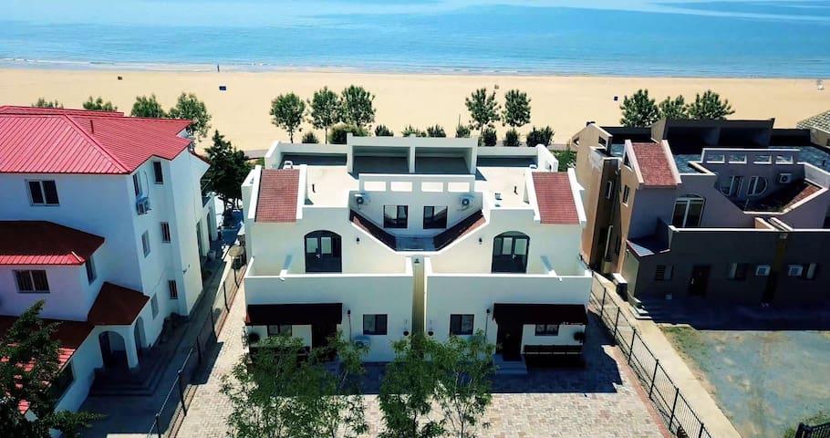 沙滩别墅k歌烧烤--娜家小院·湾居