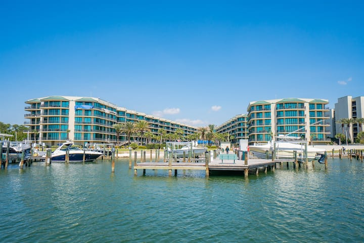 BAYSIDE FAMILY PARADISE - First Floor Phoenix on the Bay #1122
